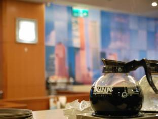 Y Hotel Taipėjus - Restoranas