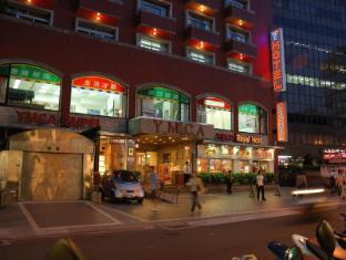 Y Hotel Taipėjus - Viešbučio išorė