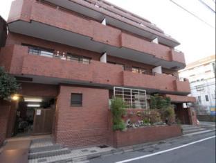 XROSS Takadanobaba 1