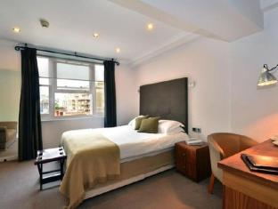 Commodore Hotel London - Guest Room