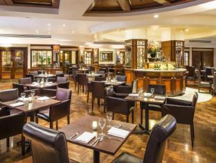 Copthorne Tara London Kensington Hotel London - Restaurant