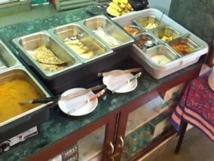 Hotel Jai Niwas Jaipur - Buffet Breakfast