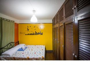 Mad Cow Hostel Silom