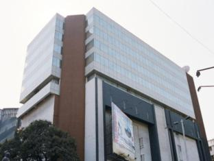 /hotel-aurora-towers/hotel/pune-in.html?asq=jGXBHFvRg5Z51Emf%2fbXG4w%3d%3d