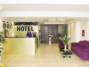 Elly Hotel