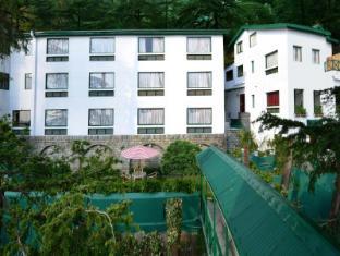 Honeymoon Inn