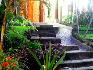 Casa Ganesha Hotel - Resto & Spa Бали - Фасада на хотела