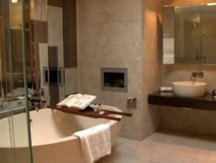 The Fitzwilliam Hotel Dublin - Bathroom
