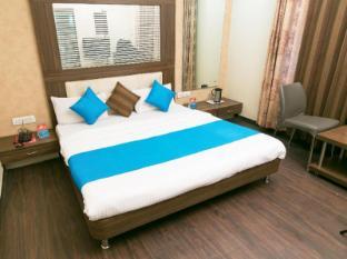 ZO Rooms Regal Square