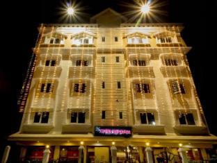 /chas-rajdarbar-hotel-banquets/hotel/siliguri-in.html?asq=jGXBHFvRg5Z51Emf%2fbXG4w%3d%3d