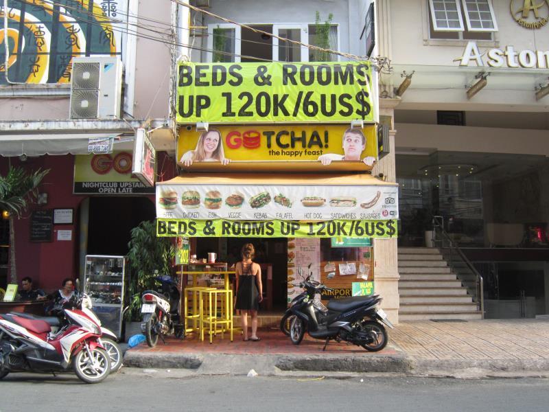 Phoenix Hostel Saigon1