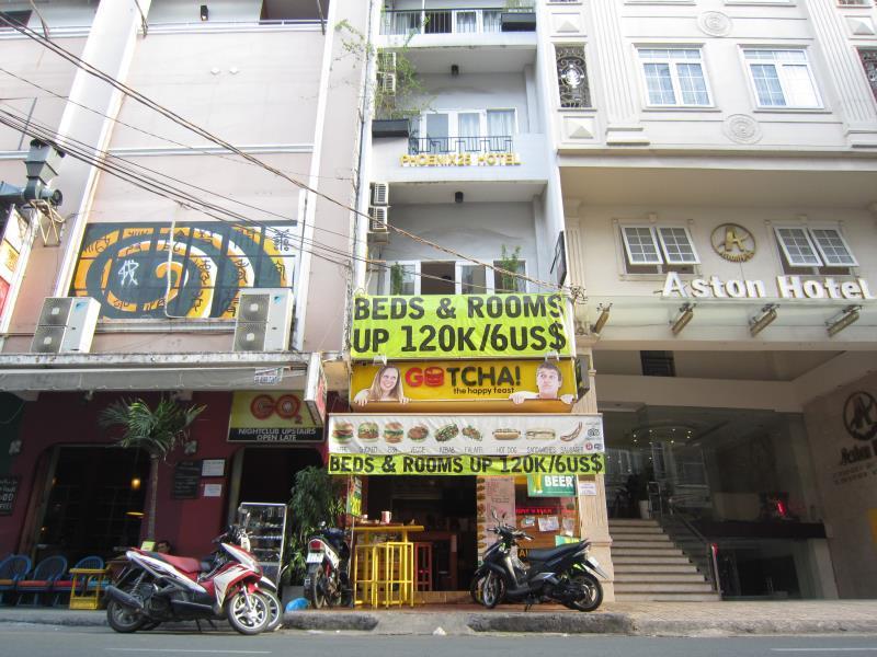 Phoenix Hostel Saigon17