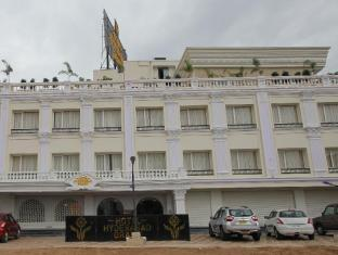 /hotel-hyderabad-grand/hotel/hyderabad-in.html?asq=jGXBHFvRg5Z51Emf%2fbXG4w%3d%3d