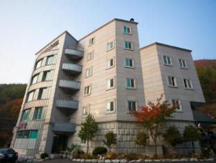 /goodstay-hue-hotel/hotel/jeongseon-gun-kr.html?asq=jGXBHFvRg5Z51Emf%2fbXG4w%3d%3d
