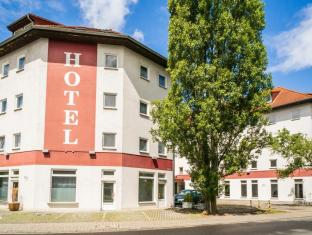 /sl-si/smart-stay-hotel-frankfurt-airport-4-stars/hotel/frankfurt-am-main-de.html?asq=m%2fbyhfkMbKpCH%2fFCE136qZWzIDIR2cskxzUSARV4T5brUjjvjlV6yOLaRFlt%2b9eh