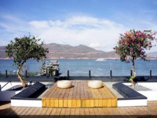 Dali Pure Sea View Hotel