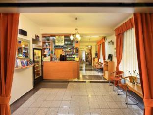 Hotel Golden City Prague - Interior