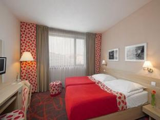 Iris Hotel Eden Prague - Guest Room