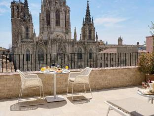 Colon Hotel Barcelona - 6th floor room terrace