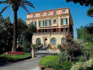 /fi-fi/grand-hotel-excelsior-vittoria/hotel/sorrento-it.html?asq=jGXBHFvRg5Z51Emf%2fbXG4w%3d%3d