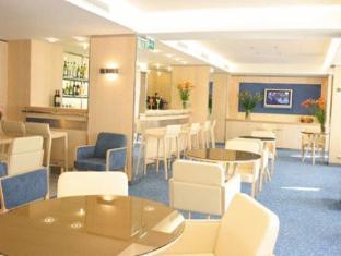 /hotel-victoria/hotel/cannes-fr.html?asq=jGXBHFvRg5Z51Emf%2fbXG4w%3d%3d