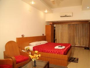 /brindhavan-hotel/hotel/tiruppur-in.html?asq=jGXBHFvRg5Z51Emf%2fbXG4w%3d%3d