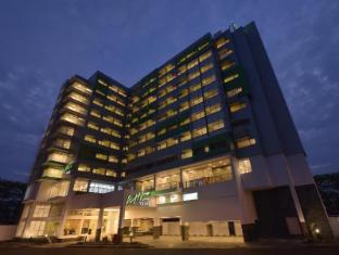 /ja-jp/whiz-prime-hotel-megamas-manado/hotel/manado-id.html?asq=jGXBHFvRg5Z51Emf%2fbXG4w%3d%3d