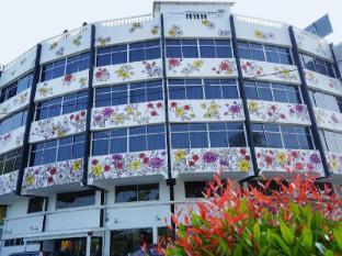 /riverine-garden-hotel/hotel/kemaman-my.html?asq=jGXBHFvRg5Z51Emf%2fbXG4w%3d%3d