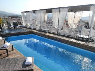 /splendid-hotel-and-spa/hotel/nice-fr.html?asq=jGXBHFvRg5Z51Emf%2fbXG4w%3d%3d