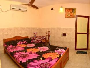/rajalakshmi-guest-house/hotel/chennai-in.html?asq=jGXBHFvRg5Z51Emf%2fbXG4w%3d%3d