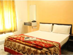Vista Rooms at Hanuman Thekdi Road