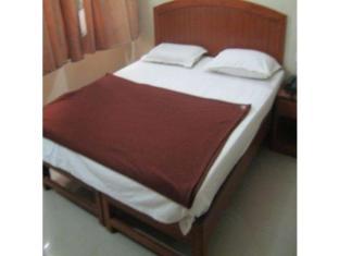 Vista Rooms near Sardar Patel Statue