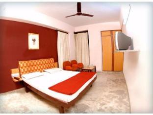 Vista Rooms near B.B.C Tower