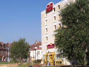 /best-hotel-lille/hotel/lille-fr.html?asq=vrkGgIUsL%2bbahMd1T3QaFc8vtOD6pz9C2Mlrix6aGww%3d