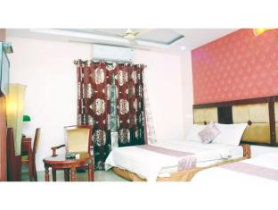 Vista Rooms @ Ashoka Road