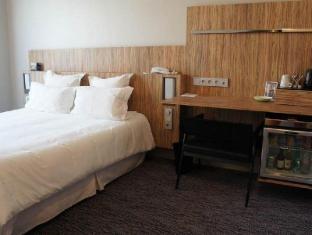 Hotel Libertel Gare de l'Est Francais Paris - Guest Room