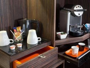 Hotel Libertel Gare de l'Est Francais Paris - Room Service