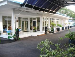 Cengkareng Transit Hotel