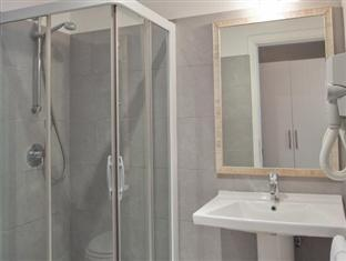 City Guest House Rome - Bathroom