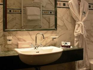 Genova Hotel Rome - Bathroom