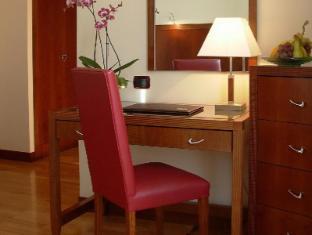 Genova Hotel Rome - Guest Room