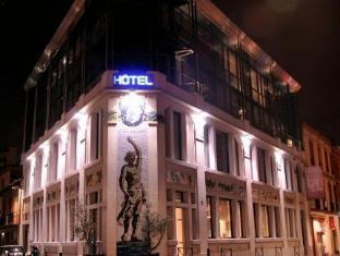 /sv-se/hotel-design-les-bains-douches/hotel/toulouse-fr.html?asq=vrkGgIUsL%2bbahMd1T3QaFc8vtOD6pz9C2Mlrix6aGww%3d