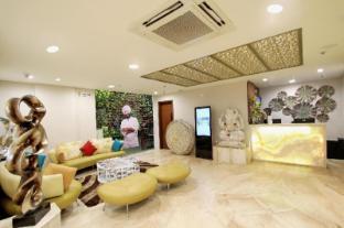 /fr-fr/treebo-select-stylotel-by-jagadish/hotel/bangalore-in.html?asq=vrkGgIUsL%2bbahMd1T3QaFc8vtOD6pz9C2Mlrix6aGww%3d