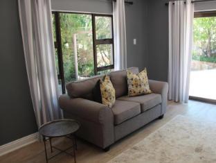 Fifteen On Fairway Luxury Suite
