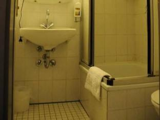 Alte City Pension Berlin - Banyo