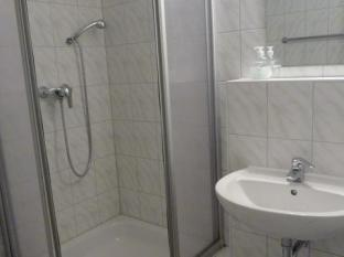 Arta Lenz Hotel Berlin - Phòngtắm