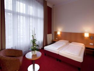 Air In Berlin Hotel Berlin - Guest Room