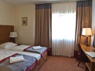 Ivbergs Hotel Charlottenburg Berlin - Guest Room
