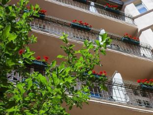 Hotel & Apartments Zarenhof Berlin Prenzlauer Berg Berlin - Room Balconies