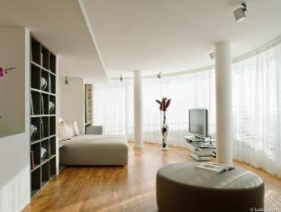 The Mandala Hotel Berlin - Guest Room